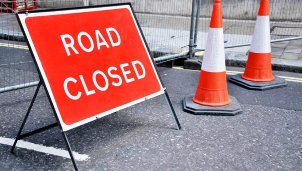 M4 closed in both directions